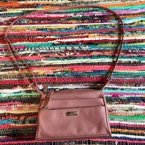 Minicci crossbody purse!💋